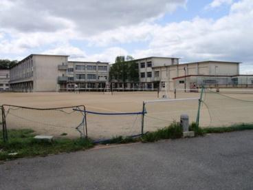 香芝西中学校の画像1