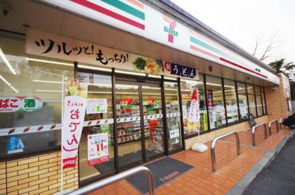 セブンイレブン 瀬戸萩殿町店の画像1