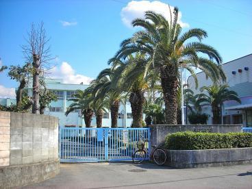 郷荘中学校の画像1