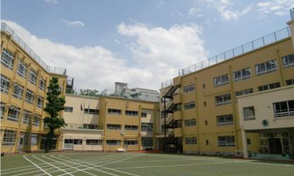 新宿区立戸塚第一小学校の画像1