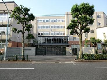 新宿区立西早稲田中学校の画像1