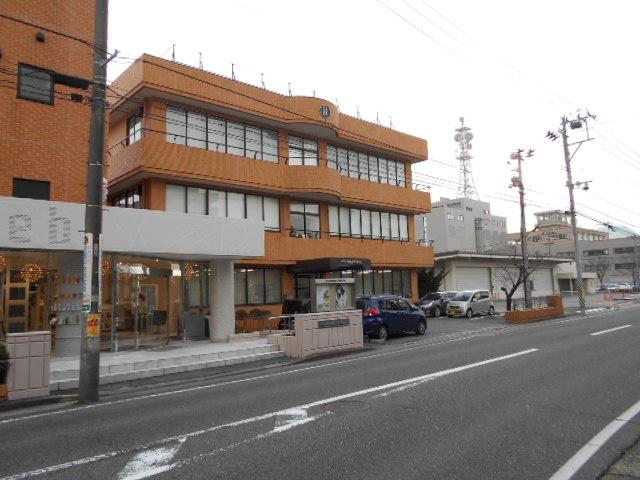 新潟理容美容専門学校の画像