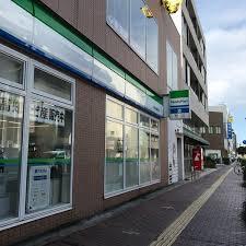 ファミリーマート高知大橋通り店の画像1