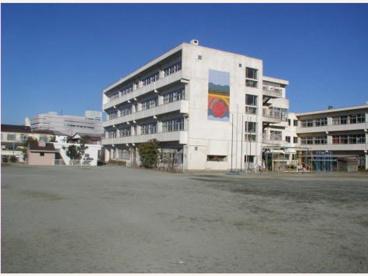 鎌倉市立岩瀬中学校の画像1