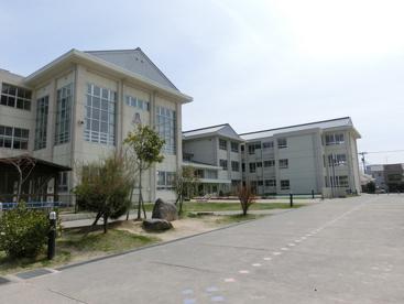 鳥取市立醇風小学校の画像1