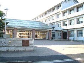鳥取市立西中学校の画像1
