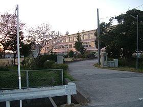 鳥取市立世紀小学校の画像1