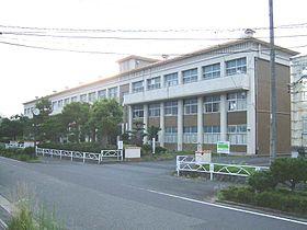 鳥取市立国府中学校の画像1