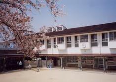 東陶器保育所の画像1