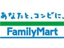 ファミリーマート大国町店