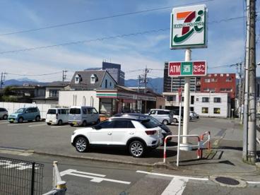 セブン-イレブン甲府相生店の画像1