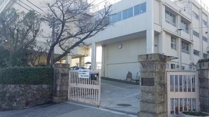 宝塚市立宝梅中学校の画像1