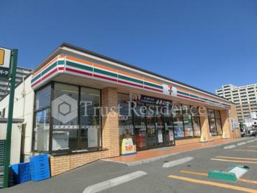 セブン-イレブン江東新砂3丁目店の画像1