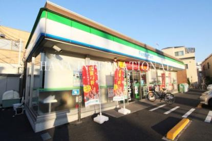 ファミリーマート 新田三丁目店の画像1