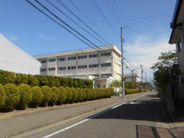 新潟市鳥屋野中学校の画像1