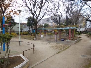 区立長寿庭園の画像1