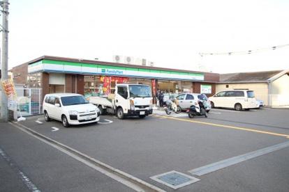 ファミリーマート守口東郷通店の画像1