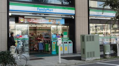 ファミリーマート弁天橋店の画像1