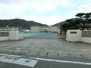 黒崎中学校の画像1