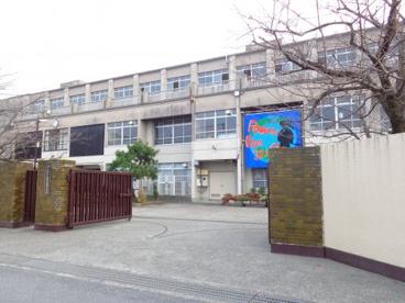 向島東中学校の画像1