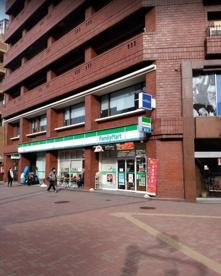 ファミリーマート豊島要町店の画像2