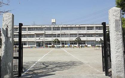 上尾市立上平小学校の画像1