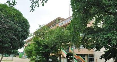 上尾市立上平中学校の画像1