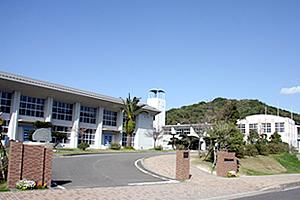鹿町中学校の画像1