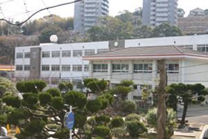 愛宕中学校の画像1