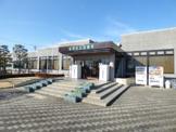 昭和町立 図書館