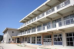 猪調小学校の画像1