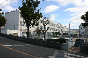 大野小学校の画像1