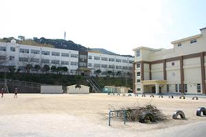 赤崎小学校の画像1