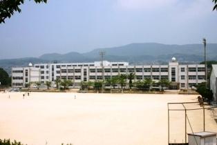 春日小学校の画像1