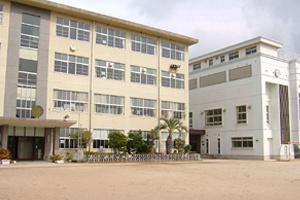 日宇小学校の画像1