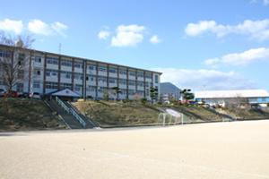 花高小学校の画像1