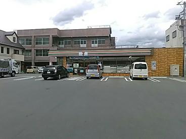 セブン-イレブン甲府朝気3丁目店の画像1