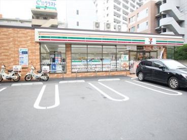 セブンイレブン旭町西店の画像1