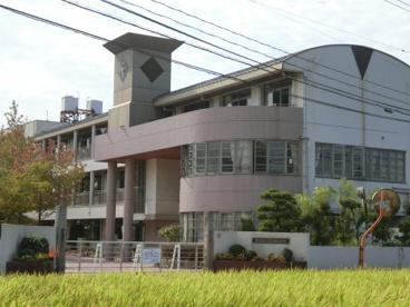 里庄東小学校の画像1