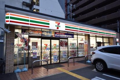 セブンイレブン大阪難波中3丁目南店の画像2