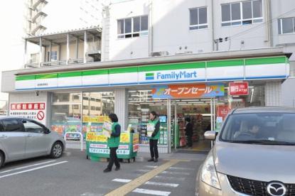 ファミリーマート 浪速敷津東店の画像1