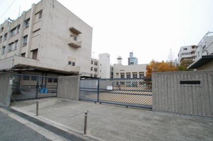 大阪市立大国小学校の画像1
