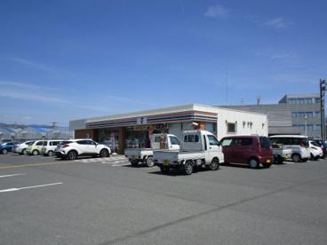 セブンイレブン高知萩町店の画像1