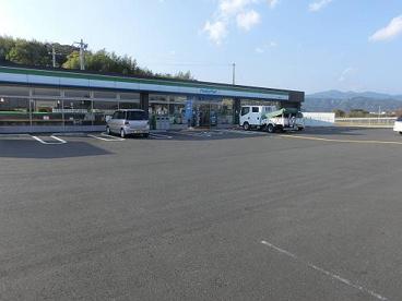 ファミリーマート高知大津店の画像1