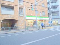 ファミリーマート 桜台駅前店
