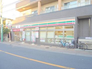 セブン-イレブン練馬桜台駅北店の画像1
