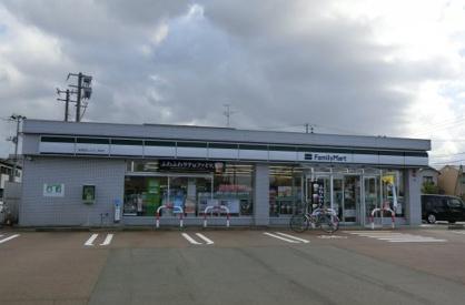 ファミリーマート 新発田しんえい町店の画像1