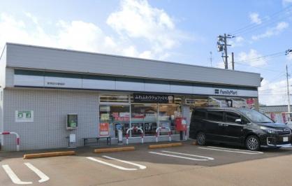 ファミリーマート 新発田中曽根店の画像1