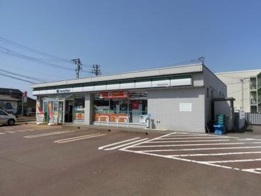 ファミリーマート 新発田高校前店の画像1