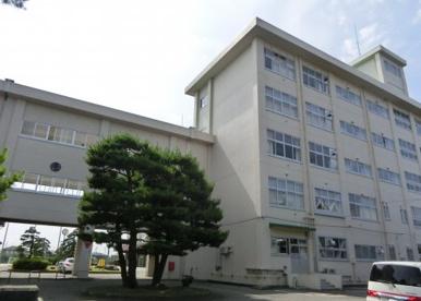 新潟県立西新発田高等学校の画像1